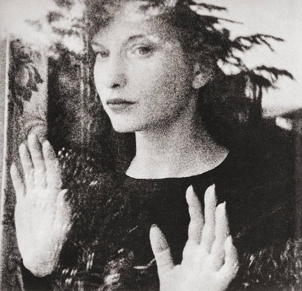 Maya-Deren-in-Meshes-of-the-afternoon 600